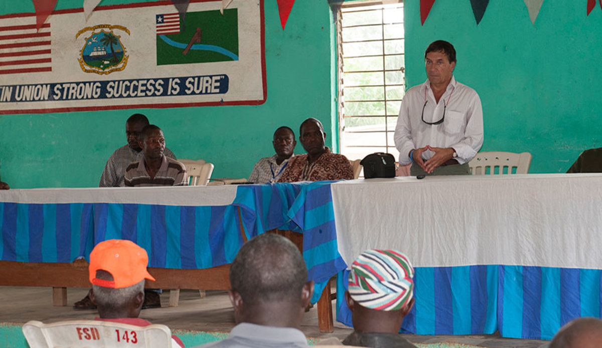 DSRSG addresses town hall in Lofa County, Liberia