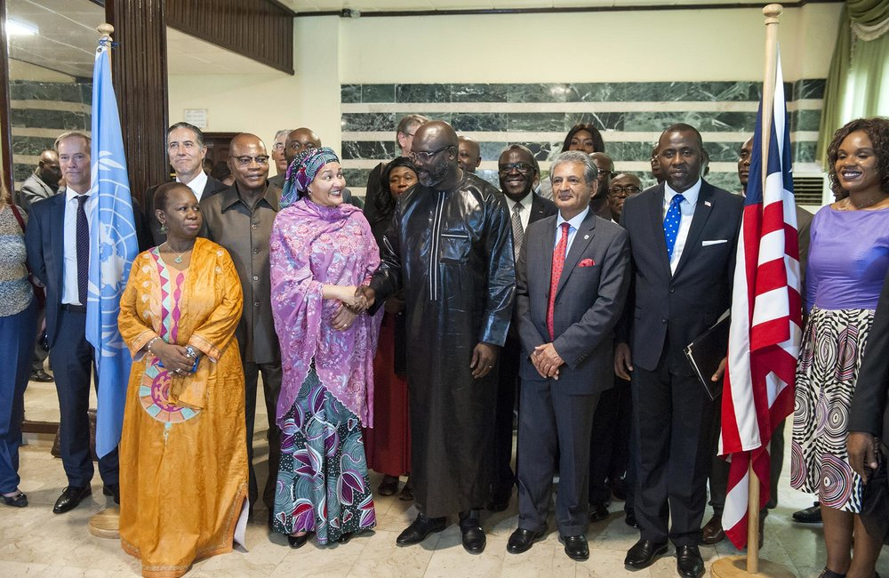 22 March 2018. Monrovia: (Left to right, shaking hands) The United Nations Deputy Secretary General,  Amina J. Mohammed, and the President of the Republic of Liberia, George Weah, after attending the media at the Ministry of Foreign Affairs in Monrovia, Liberia. Amina J. Mohammed is visiting the country to attend the celebrations of the completion of the UNMIL Mandate. Photo by Albert Gonzalez Farran - UNMIL