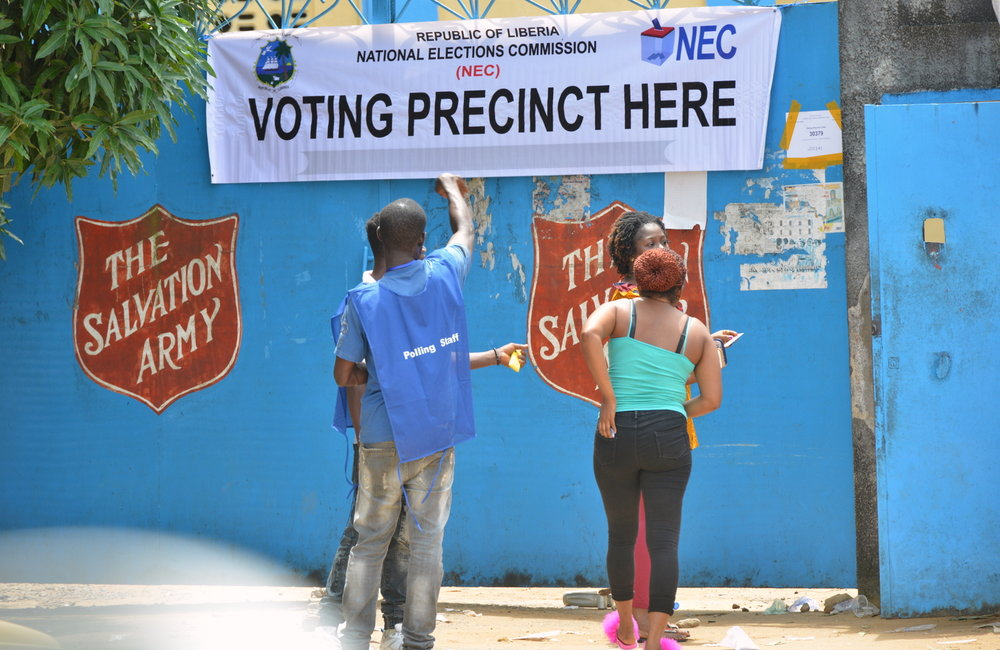 10 October 2017, Monrovia – A view from the voting process in a voting precinct in Monrovia on the day of the Presidential and House of Representative Elections 2017. ©UNMIL Photo: Shpend Berbatovci